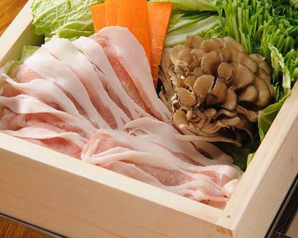常陸ポークとたっぷり野菜のセイロ蒸し(おろしポン酢)